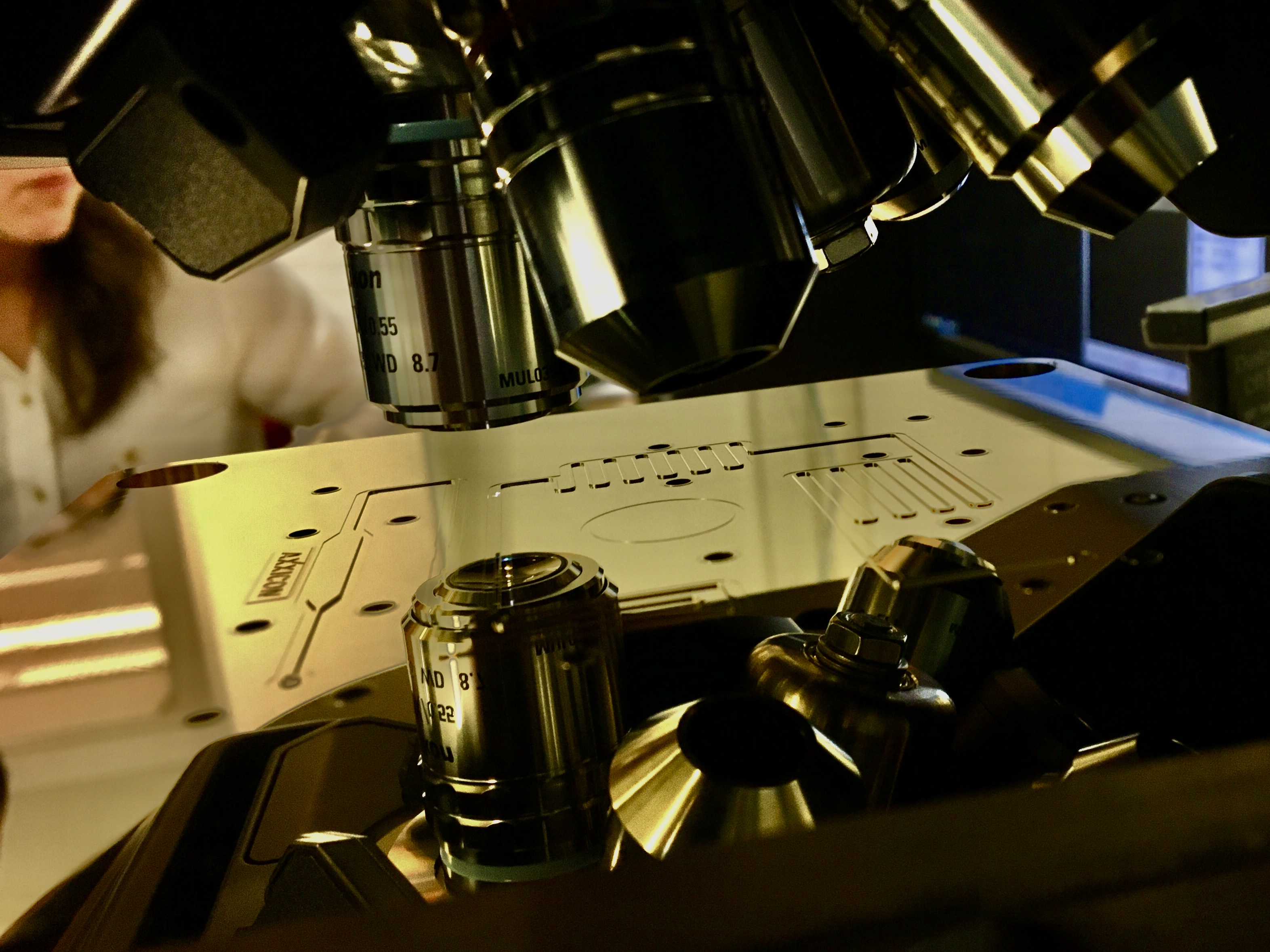How to select the right prototyping process for your microfluidic consumable